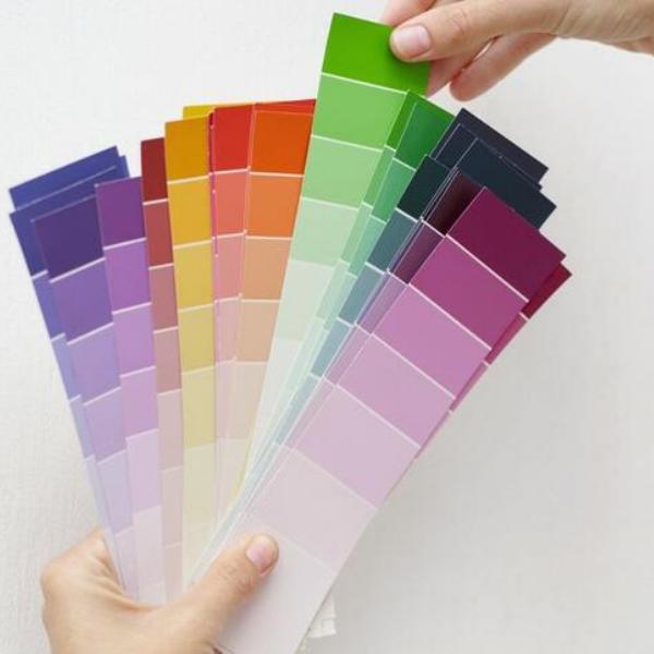probando muestras de colores