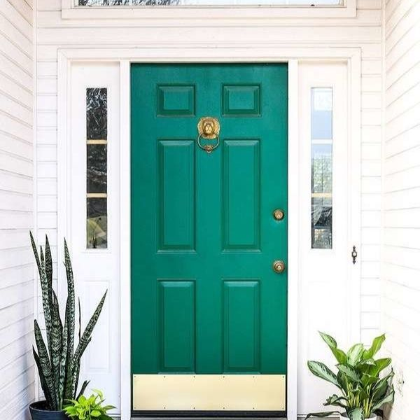 Renueva tu puerta con tu color favorito