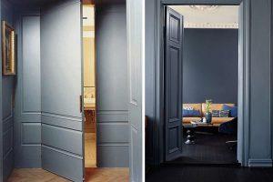 habitacion con puerta y paredes del mismo color