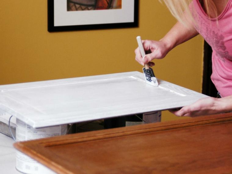 gabinete pintado con brocha